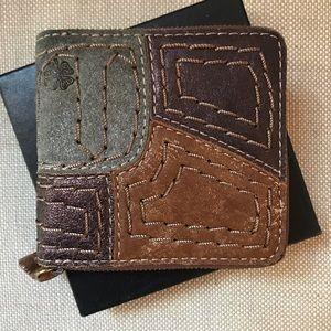 New Lucky Brand Zip Wallet